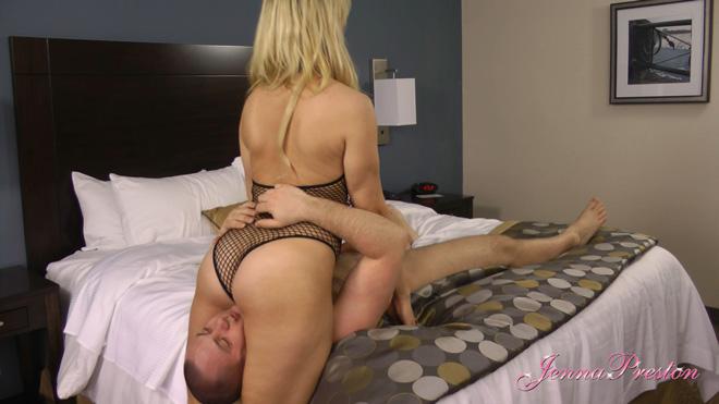 Female domination picture post-9460